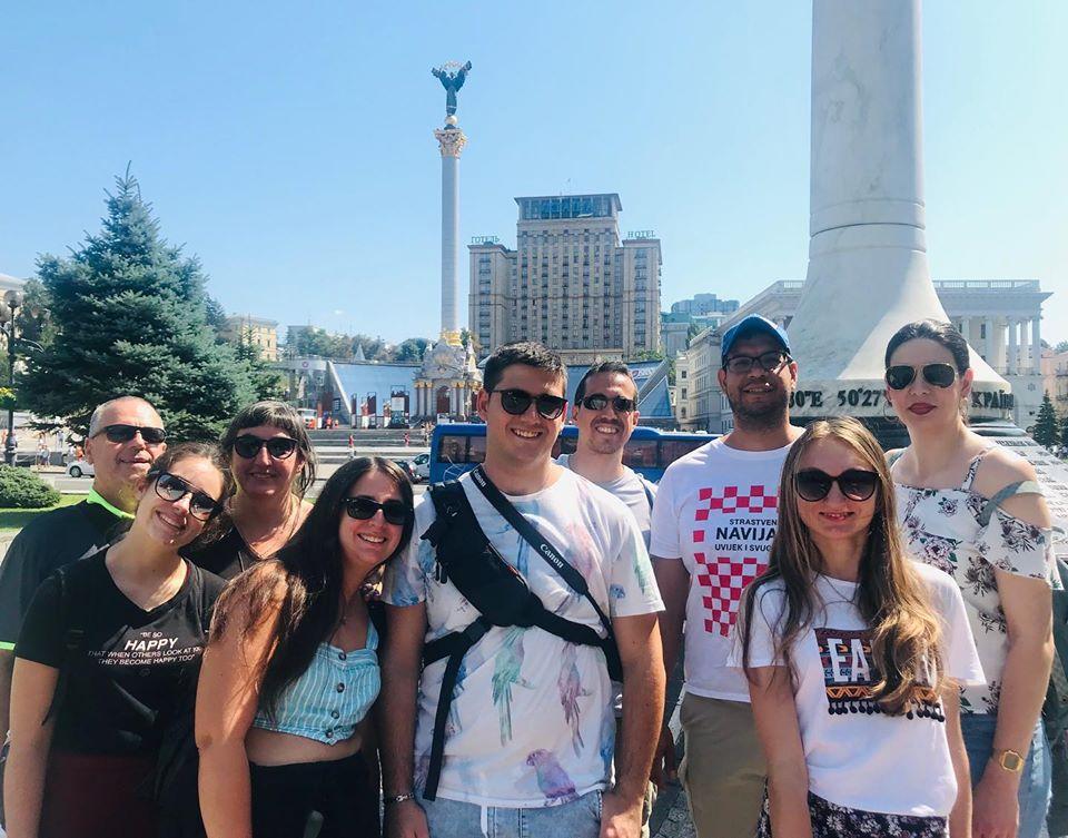 Guías en español por el mundo. Alona guía en español en Kiev Ucrania